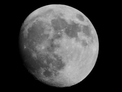 BW-Moonglow-Ian Sutherland
