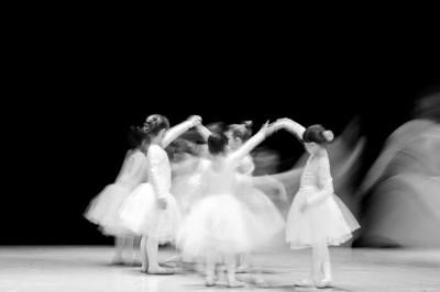 BW-Young Ballerina-Lien Dinh