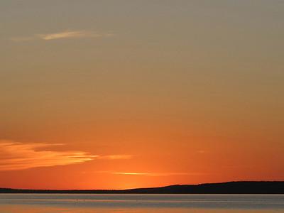TR-Waskiseiu Sunset-Ian Sutherland