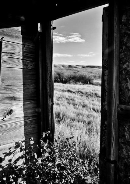 BW-Old Doorway-Kathy Meeres