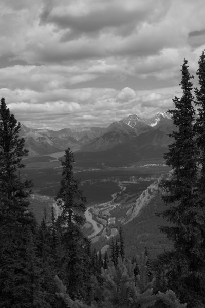 BW-Banff Between the Uprights-Anita Simpkins