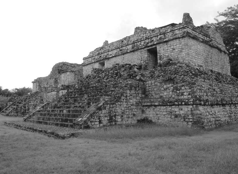 BW-The Ruins-Gerald Belsey