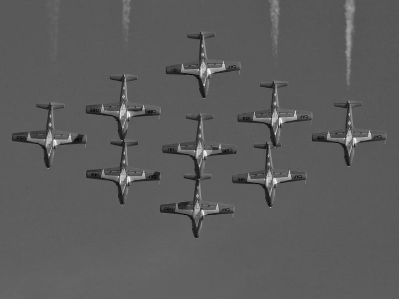 BW-Airplane-Ian Sutherland