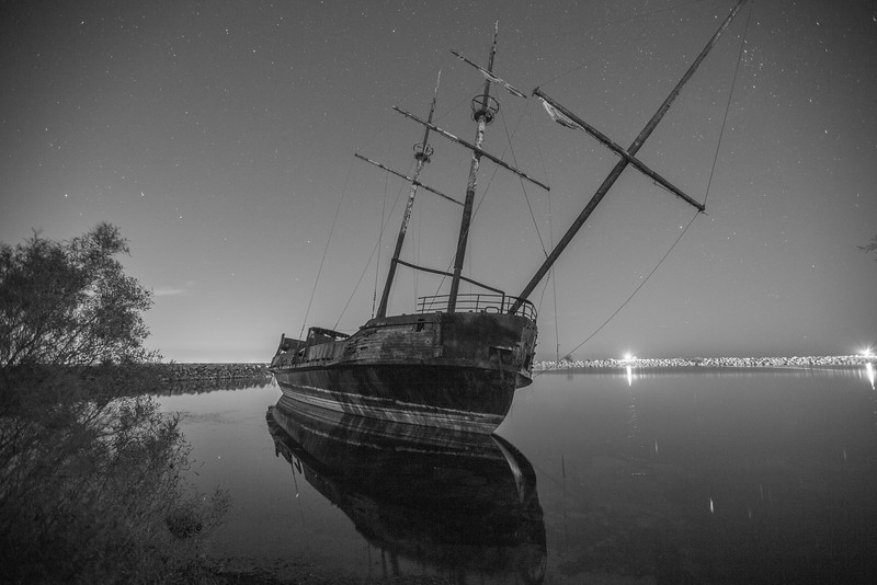 BW-Ghost Ship-Gerald Hammerling