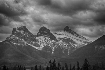 BW-Three Peaks-Rhea Preete