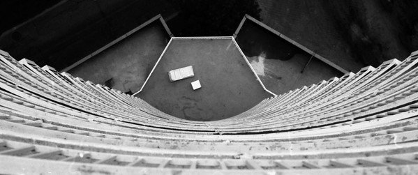 AB-BW-The Sun Deck-Ian Sutherland