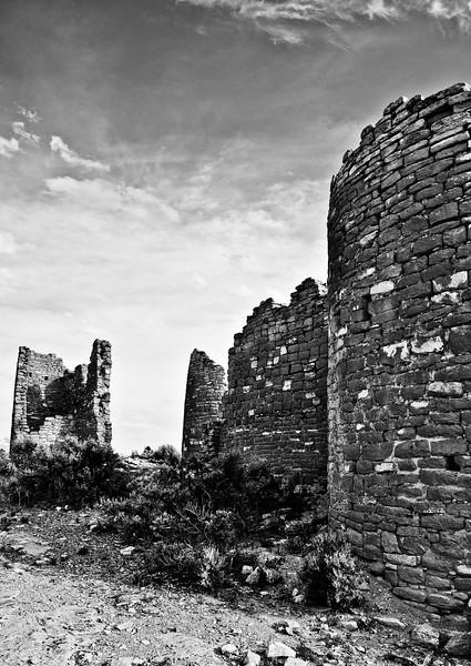 BW-Anasazi Ruins-Kathy Meeres