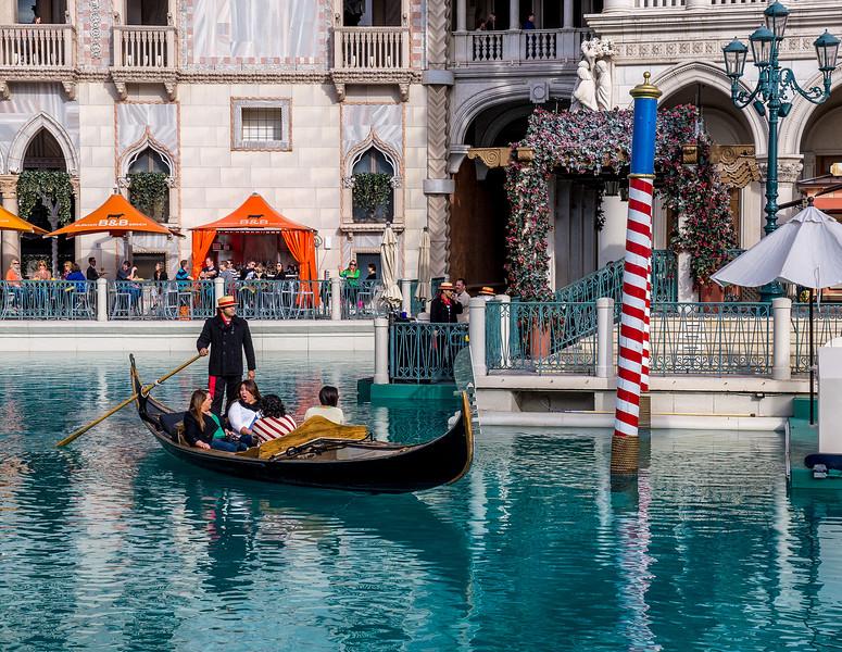 ST-Venice, Vegas style-Bas Hobson