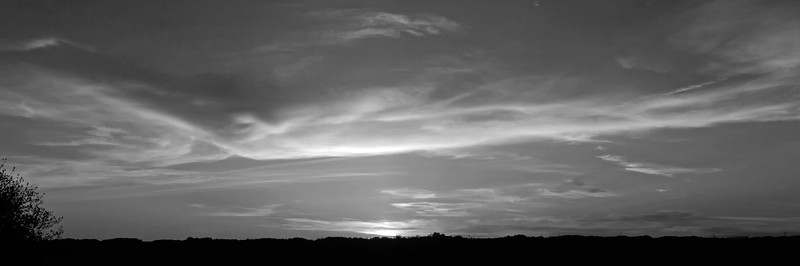2-BW-The Sun Has Set-Ian Sutherland