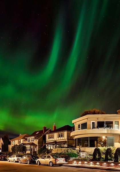 1-TR-Aurora Over Sask Crescent-Ian Preston