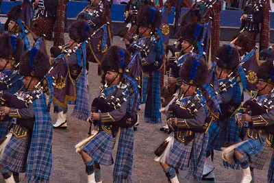 4-Bagpipes In Blue-Rob Arthur