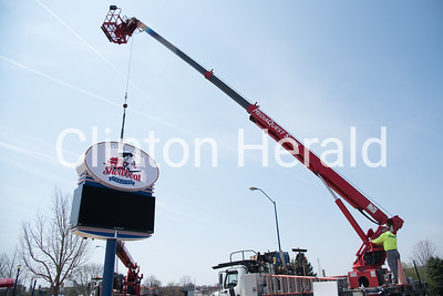 Clinton Area Showboat Theatre new sign installation 4-12-17