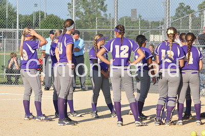 Clinton at Muscatine regional softball (7-9-15)