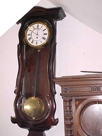 274 - 1 weight Serpentine Vienna Regulator by Hoser Budán, Price Band B