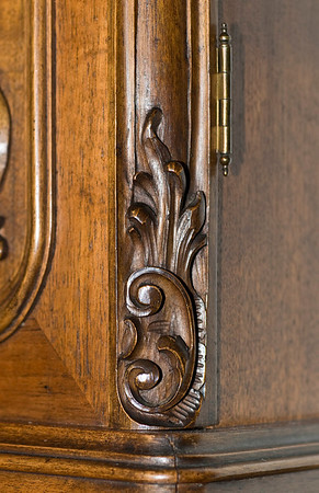 A close-up shot of the carved detail to the lower right corner of the trunk door.  Beautiful workmanship!