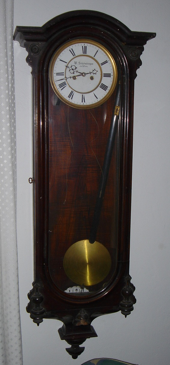 Here is a before shot - one seriously filthy clock.