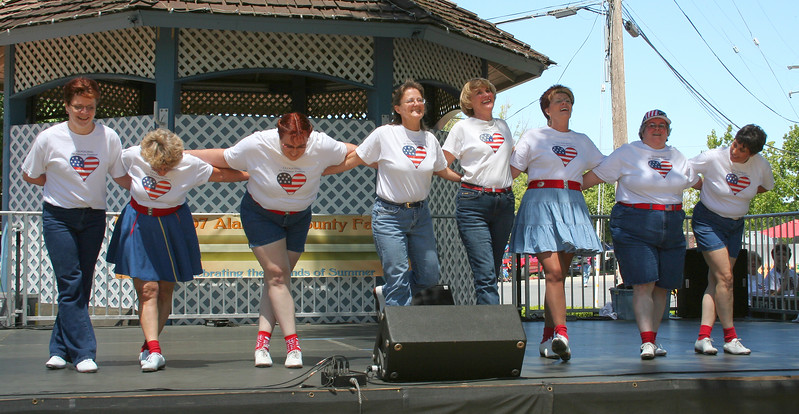 Cripple Creek performed by Clogging Express