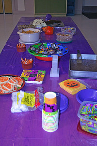 6596 DMC Party Table