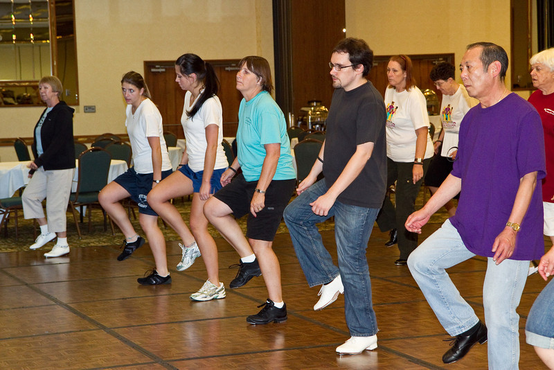 "Dancers learning Naomi's ""Swingin'"" in the workshop"