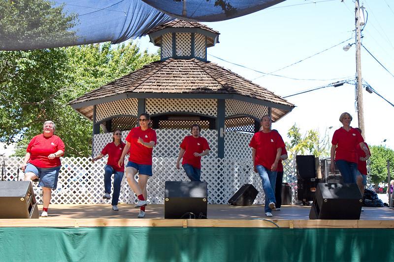 Clogging Express performing at the fair