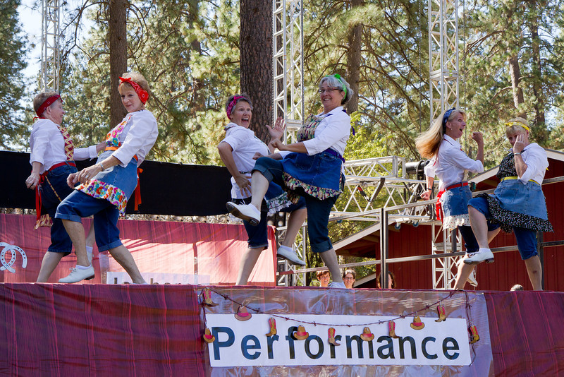 Feather River Cloggers performing at Grass Valley.