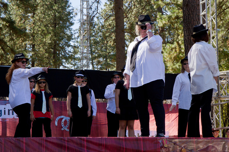 Tommyknocker Cloggers and Miners performing at Grass Valley.