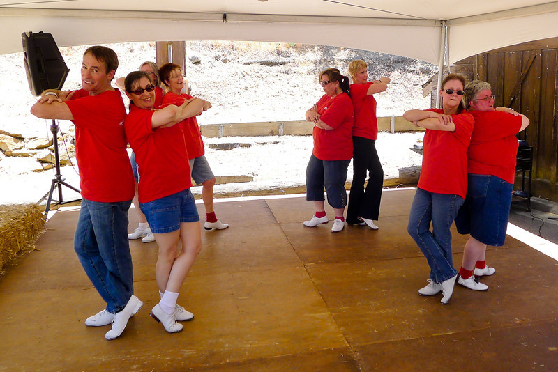 Clogging Express performing with Diablo Mountain Cloggers at Old Borges Ranch.