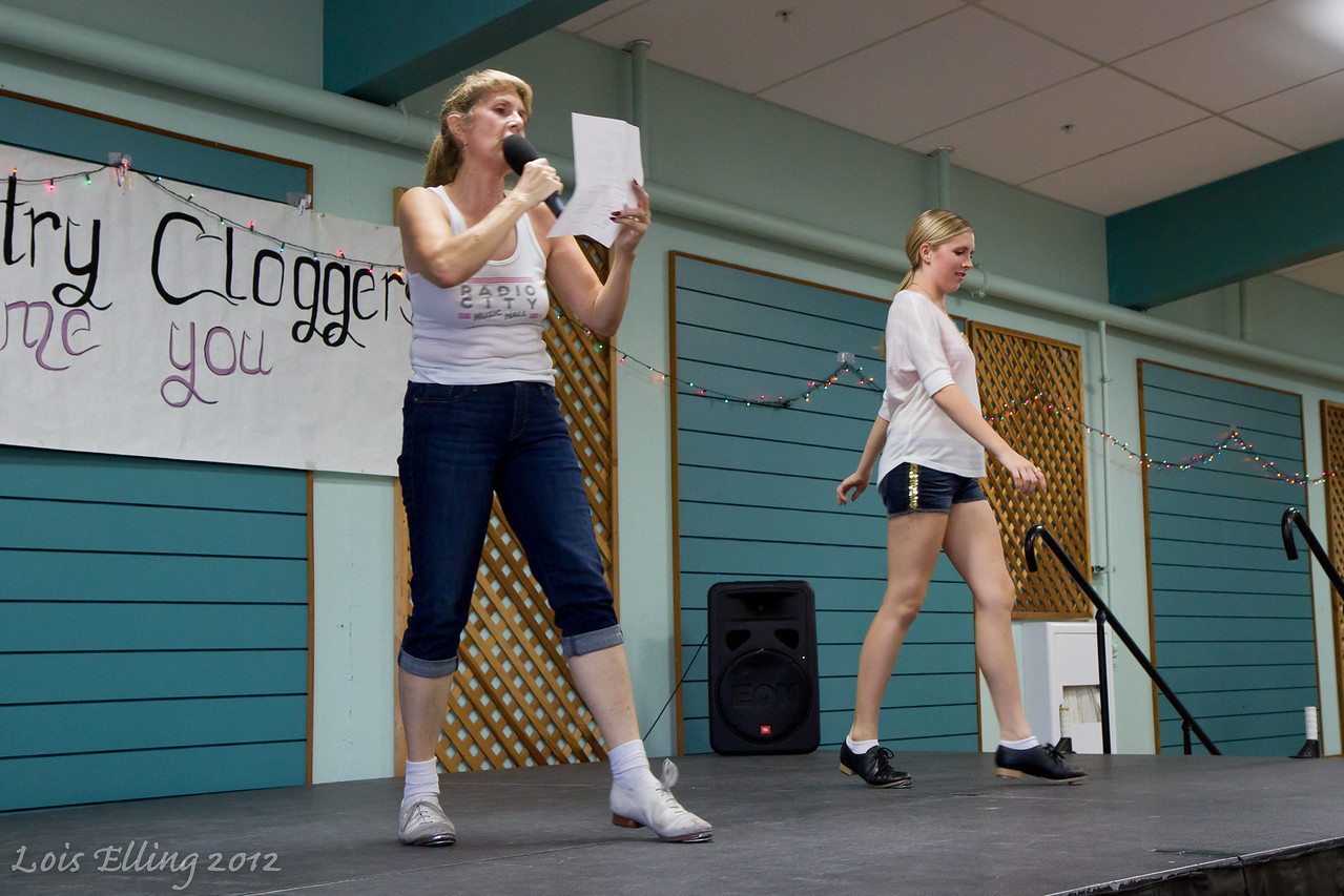 Michelle and Kaylee teaching at Late Harvest Stomp, 2012.