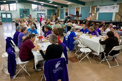 Buffet dinner at Late Harvest Stomp, 2012.