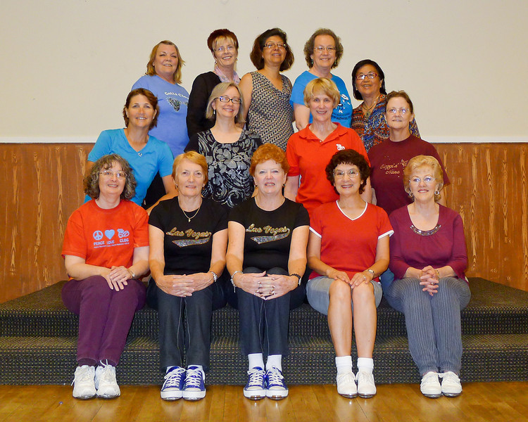 Janet and Lorraine from Western Australia with the Diablo Mountain Cloggers.