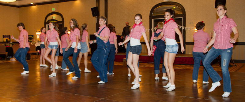 Clear Lake Clikkers performing at NCCA Convention.