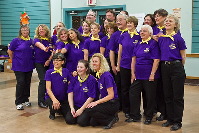 Redwood Country Cloggers group shot at Late Harvest Stomp