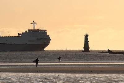 Big Ship at Dollymount-1L8A1095