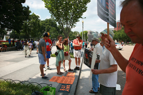 Gathering at The White House to Close Guantanamo August 2, 2013