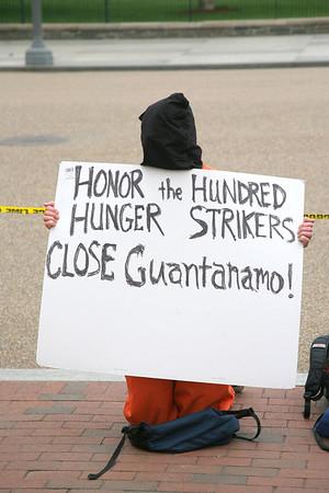 Vigil For Guantanamo Inmates  White House April 19, 2013