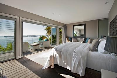 Cloud 9 Luxury Villa - Master Bedroom