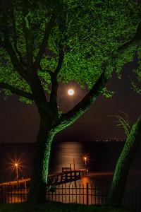 Full moon over Destin