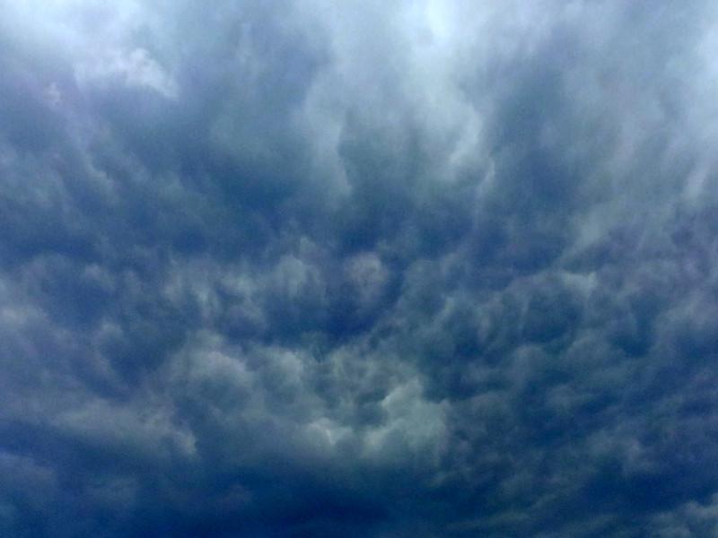 18 January 2013: angry sky above Ashfield, Sydney.