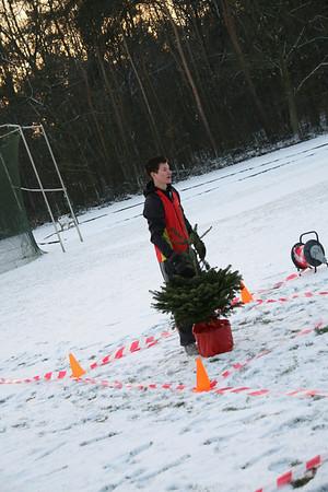 Kerstboomwerpen 2010