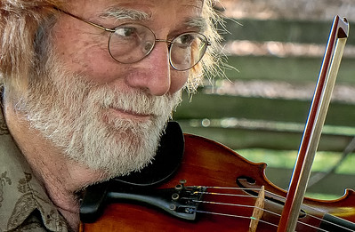26  Happy Fiddler