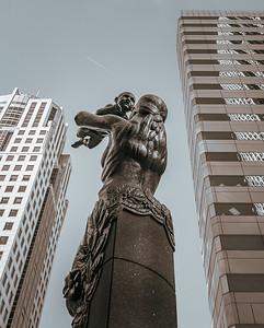City Life-Regina Tina Krzesicki-