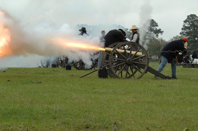 "The  Annual <A HREF=""http://www.battleofpleasanthill.com/default.asp"" TARGET=""***"">Battle of Pleasant Hill</A>  Re-enactment schedule of Events.   <a href=""http://maps.google.com/maps?f=q&hl=en&geocode=&q=battle+of+pleasant+hill+louisiana&ie=UTF8&ll=31.82044,-93.51512&spn=2.034969,1.472168&z=9"">Here's a map to Pleasant Hill</a>"