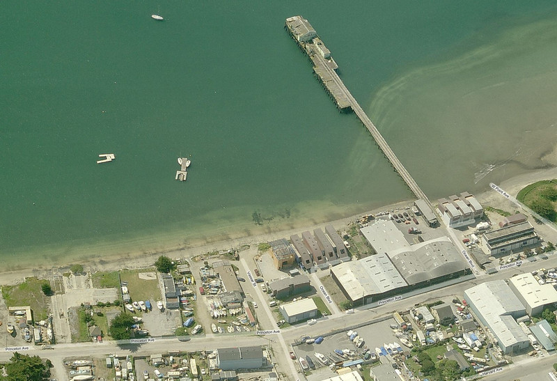 Bing Maps - Bird's Eye View C: 2006 (Copyright: Microsoft Corporation)