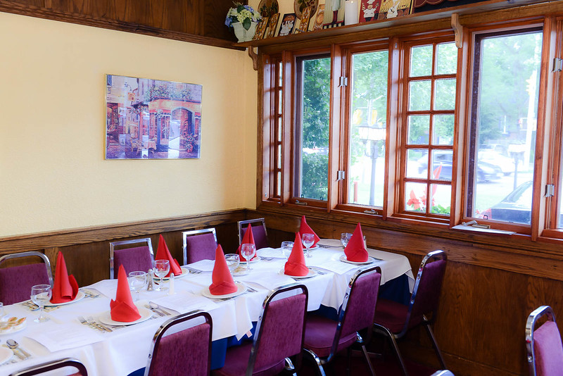 Trattoria Leonardo before guests arrive