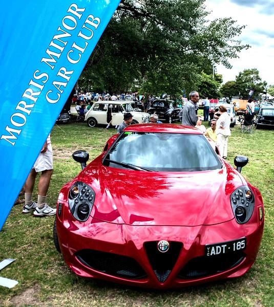 Fake Morris Minor (Alfa Romeo 4C)