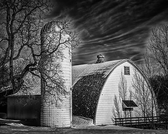 Night Barn_Teri Moyer