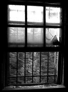 ArtG_ESP_Window_Cellblock14_BW