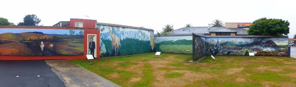 P1000676 Mural Walls in Sheffield, TAS