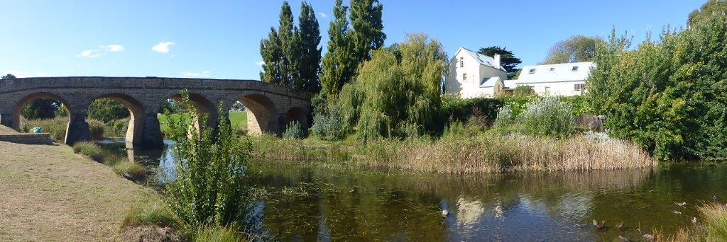 P1000781 - Historic Bridge and Mill House, Richmond, TAS