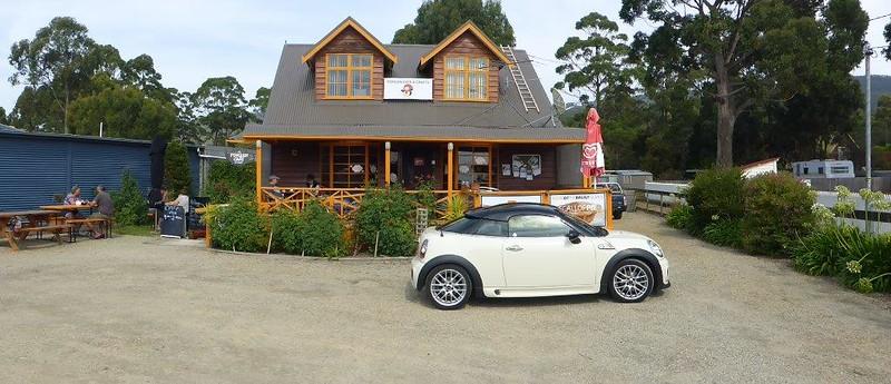 P1000798 - Penguin Café, Bruny Island, TAS